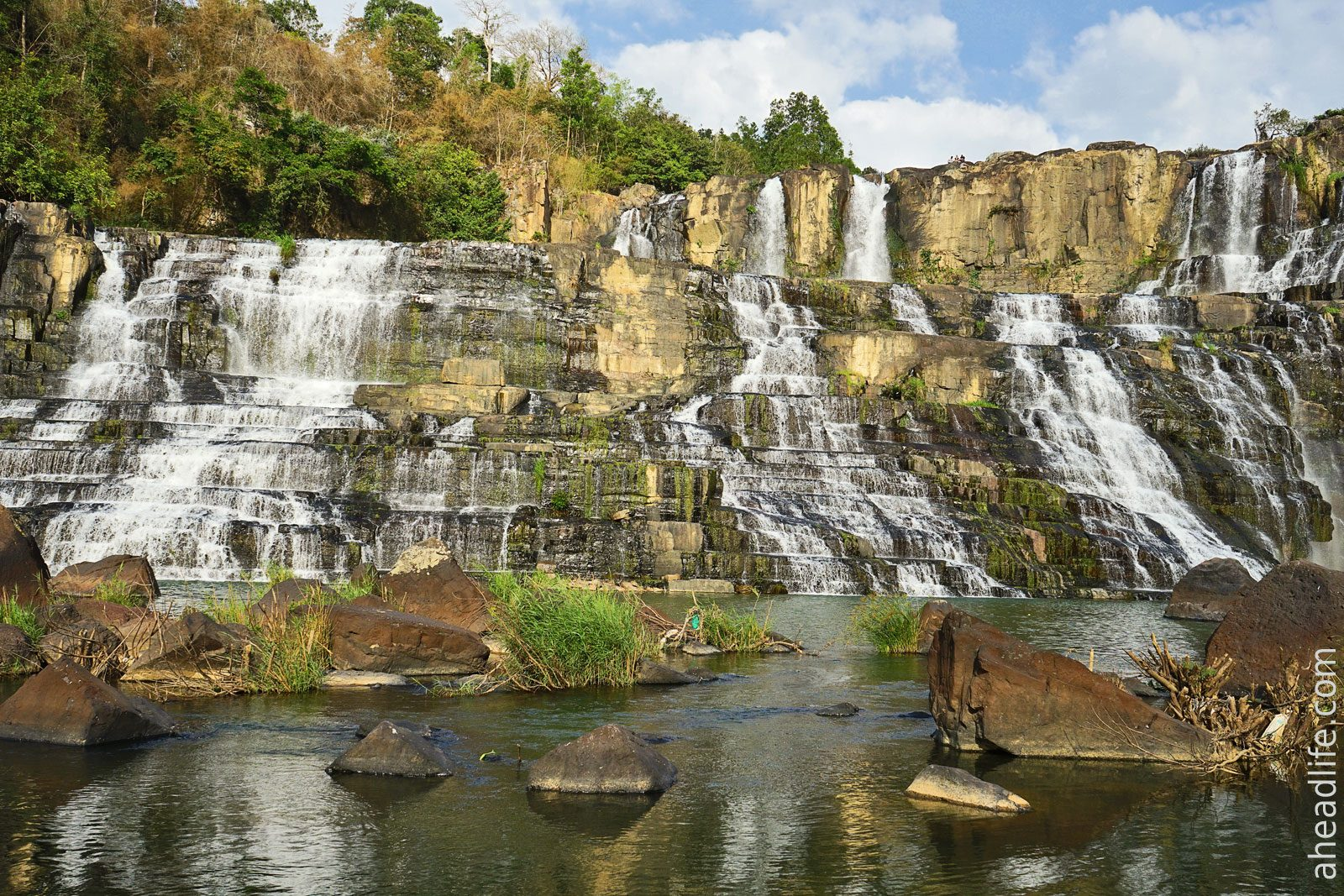 водопад Понгур в Далате