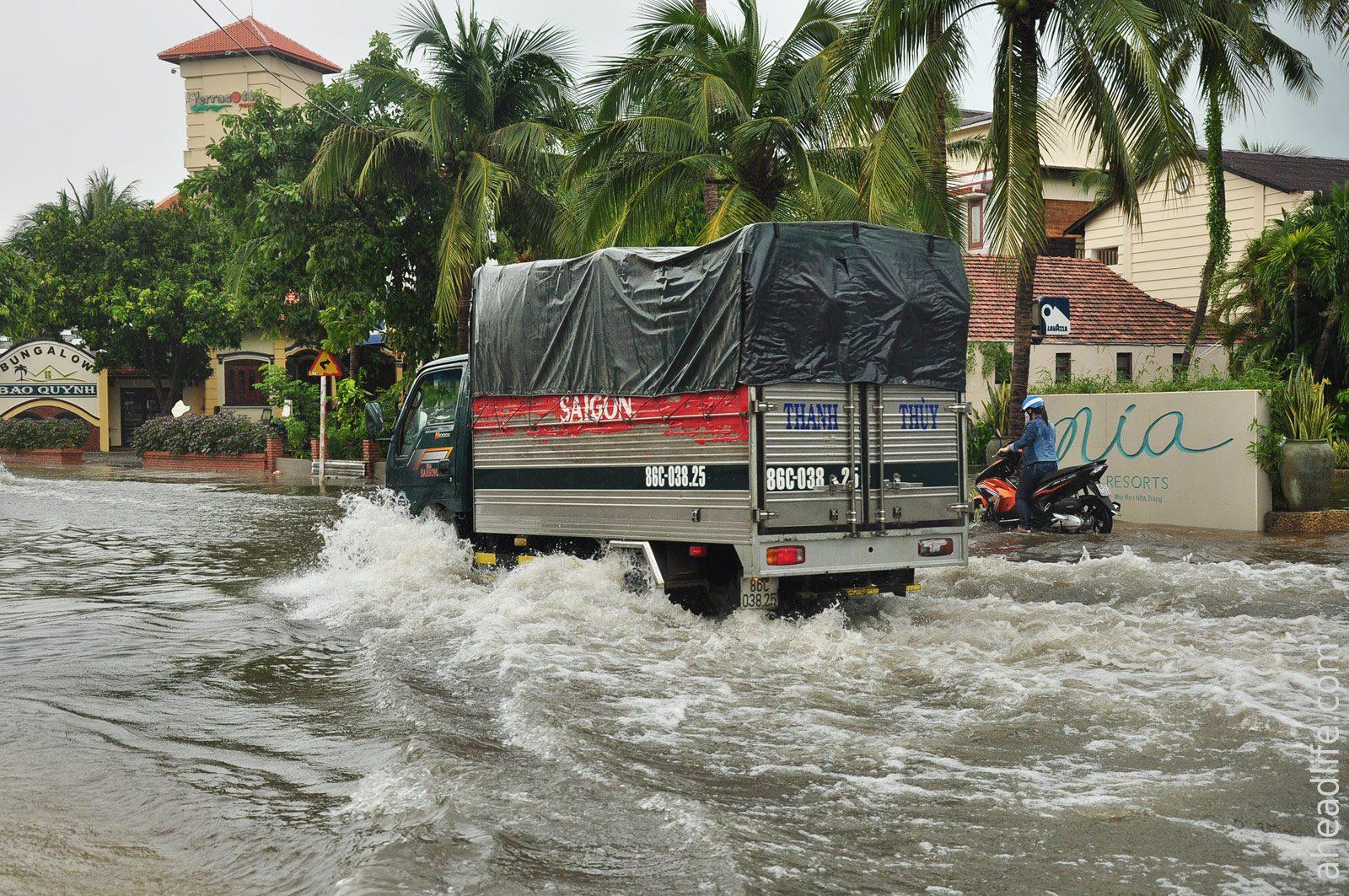Сезон дождей в Муй Не