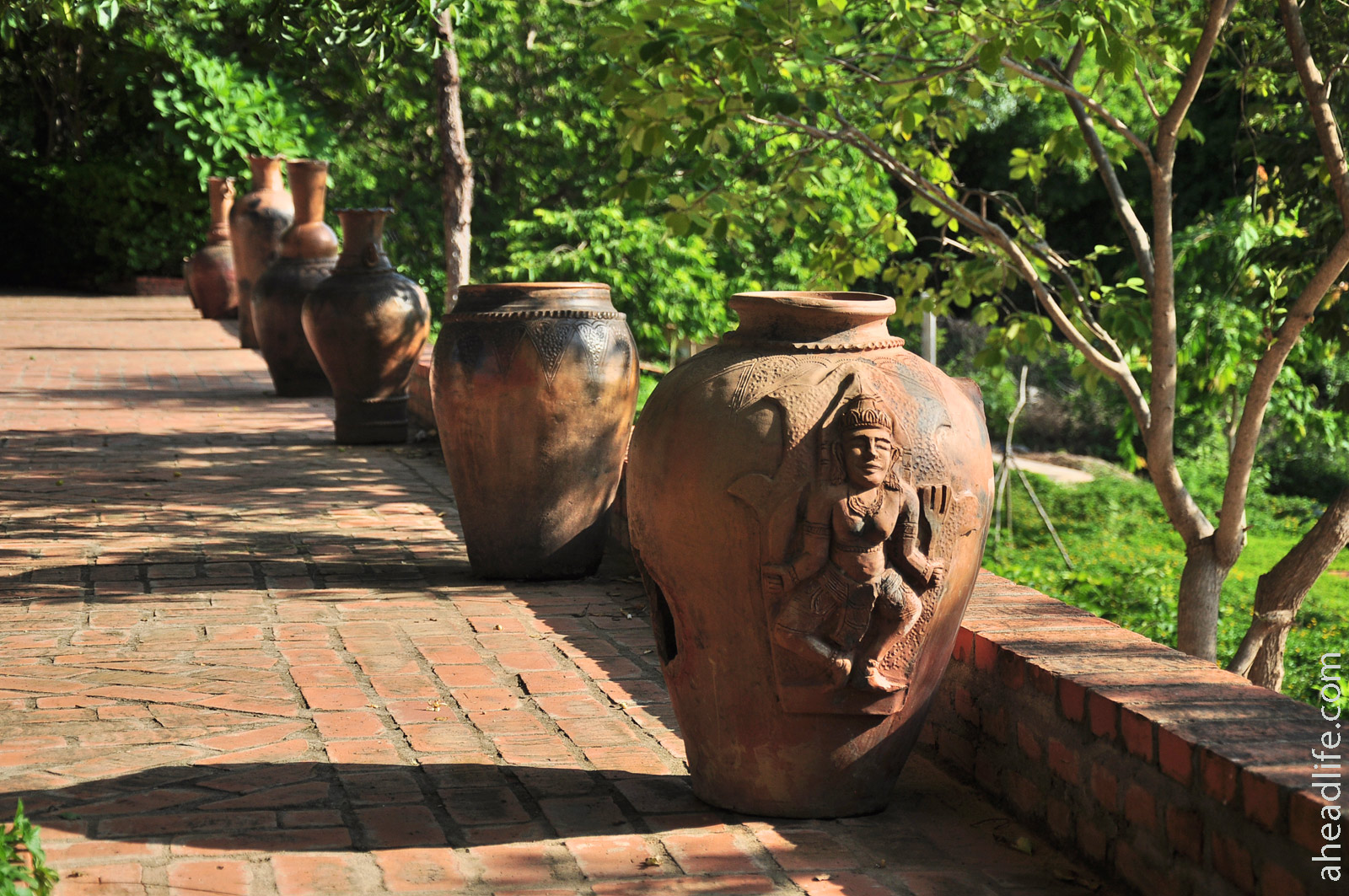 Современная керамика в древнем стиле