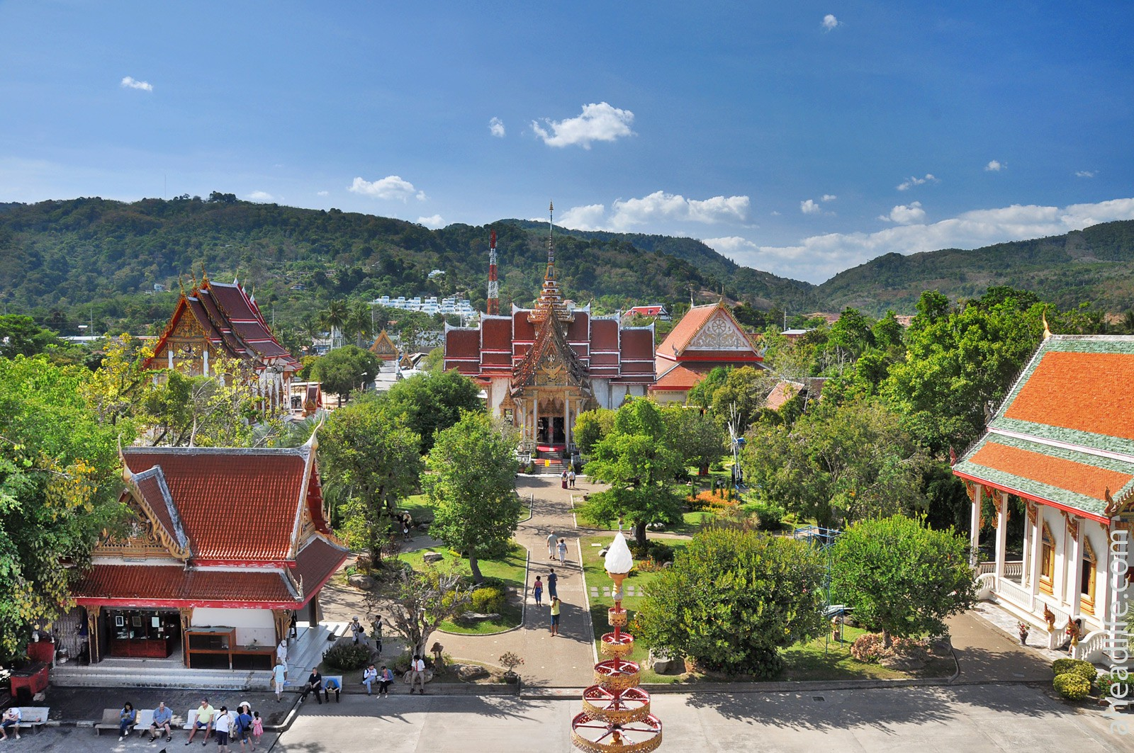 Храм Ват Чалонг (Wat Chalong Temple)