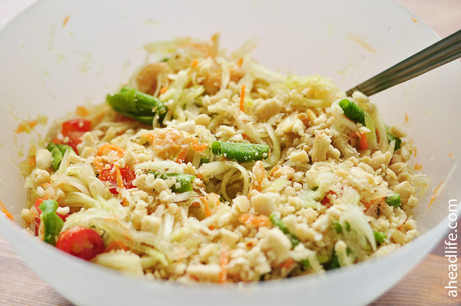 Салат из папайи Сам Том